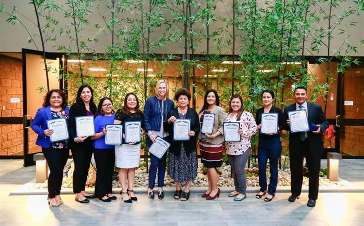 GGUSD members receiving award.